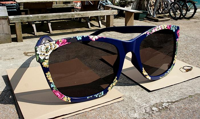 Sunglasses Giant  sunglasses giant 6am mall com