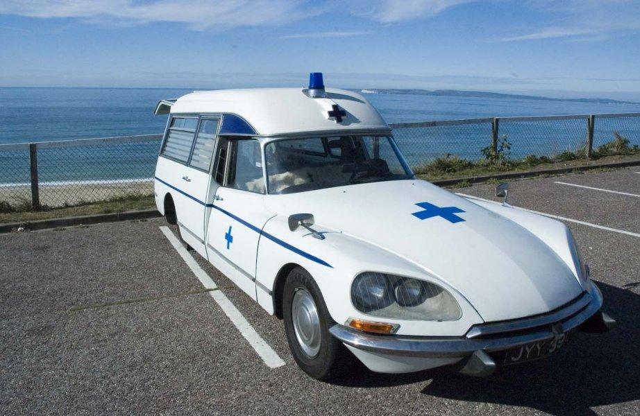 Plunge Productions Citroen Ds Ambulance Hire
