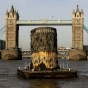 titanic-funnel-tower-bridge_0