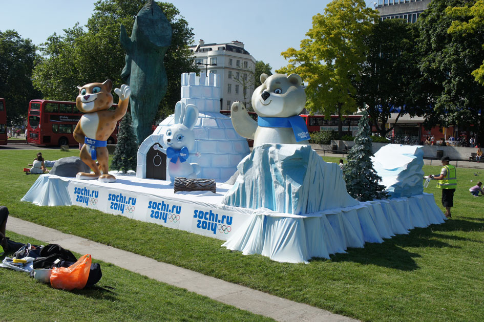 Sochi mascots at Marble Arch 08