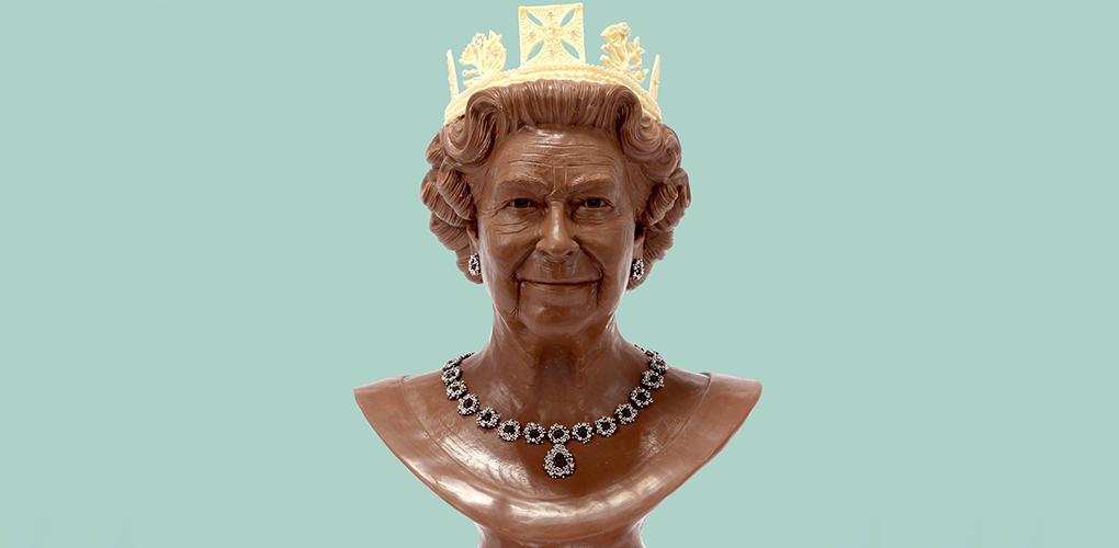 Queen Elizabeth sculpture in Chocolate