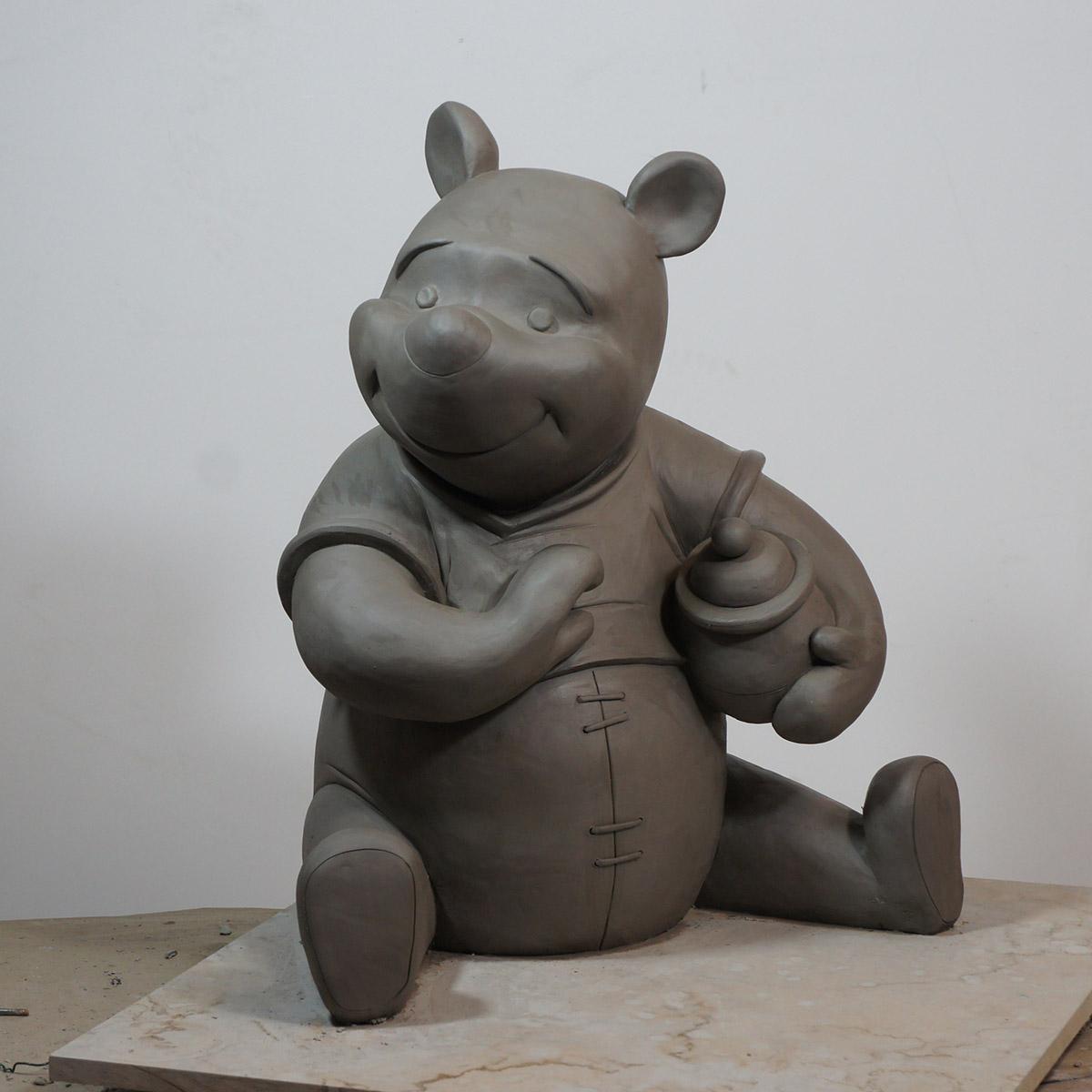 Plastelene maquette of winnie the pooh