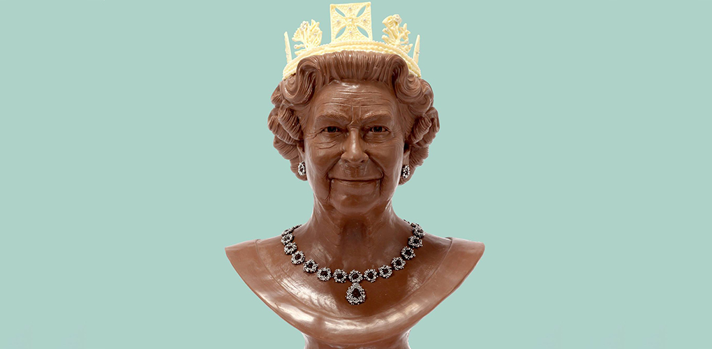 Queen Elizabeth sculpture in Chocolate