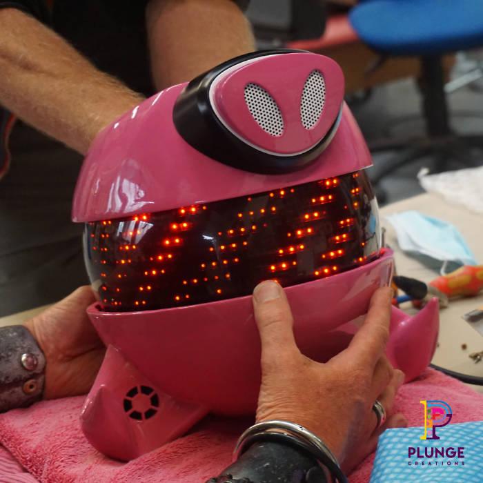 Digital-Mask-Performer