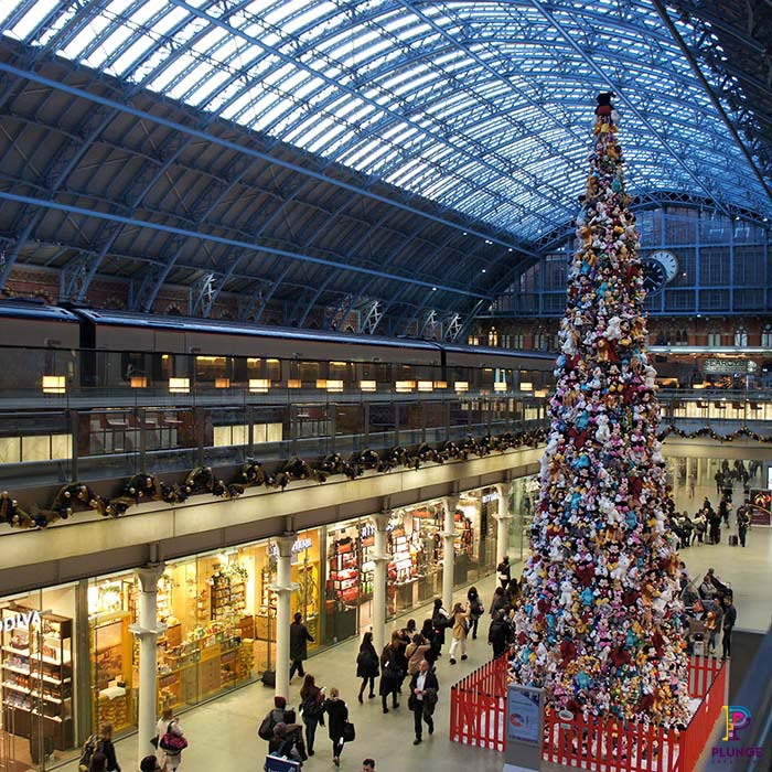 Giant Christmas Tree Prop