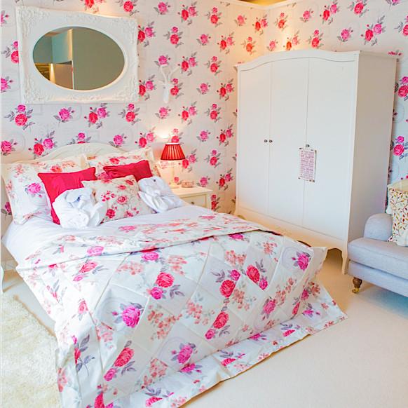 Homebase Wallpaper Patchwork Quilt Plunge Creations