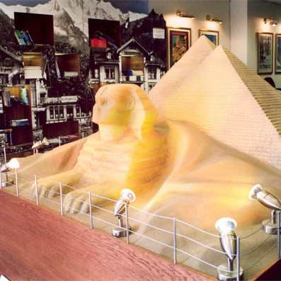 Sphinx and pyramid shop display